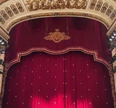 Opera in Naples