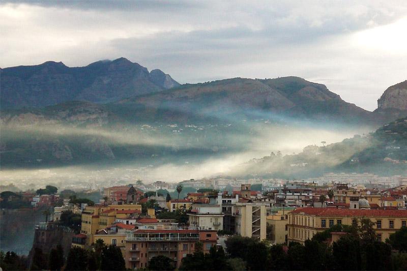 Sorrento mist