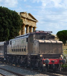 Pompeii and Paestum by Vintage Train