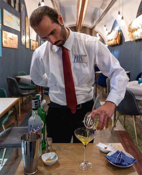 Prosit Cocktail Bar Sorrento